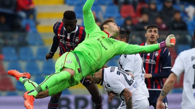 Italianos apontam Gabriel como sucessor de Ederson no Benfica