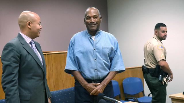 O. J. Simpson vai ser libertado da prisão. Cumpriu nove anos da pena