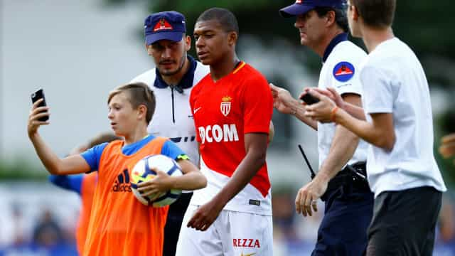 Mbappé foi expulso do treino e recusou sair