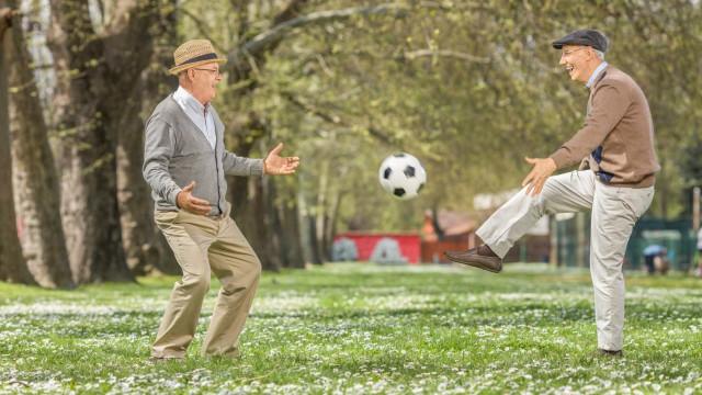 Investigadores criam robot 'personal trainer' para idosos