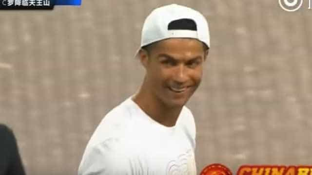 China: Adeptos eufóricos com as palavras de Cristiano Ronaldo
