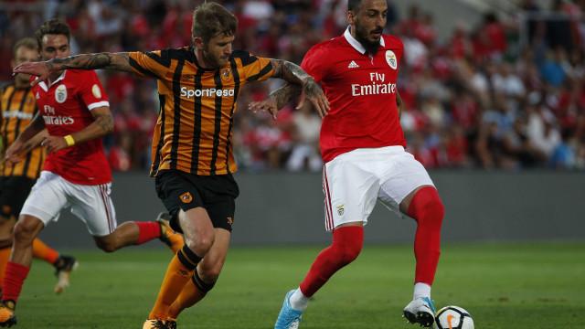Seferovic 'empurra' Mitroglou para a porta de saída