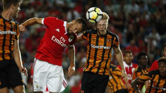 Seferovic e Willock brilham mas não salvam Benfica descaracterizado