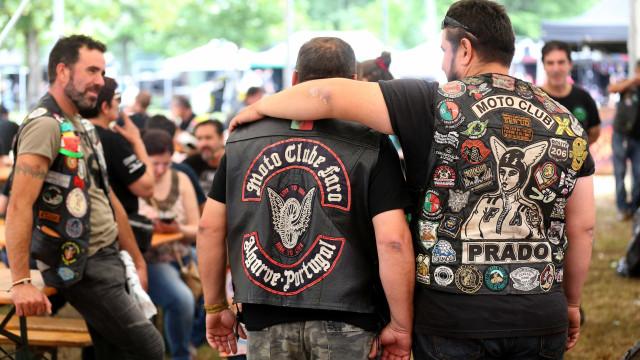 Milhares de motards despedem-se de Faro em tradicional desfile