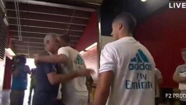 """""""Não te posso comprar porque não falas..."""", disse Mourinho a Bale"""
