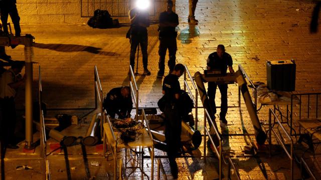 Retirados detetores de metais das entradas da Esplanada das Mesquitas