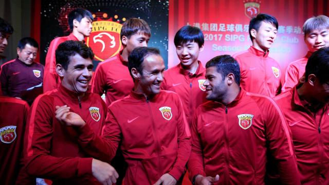 Alerta na China: 13 clubes com salários em atraso deixam Liga em risco