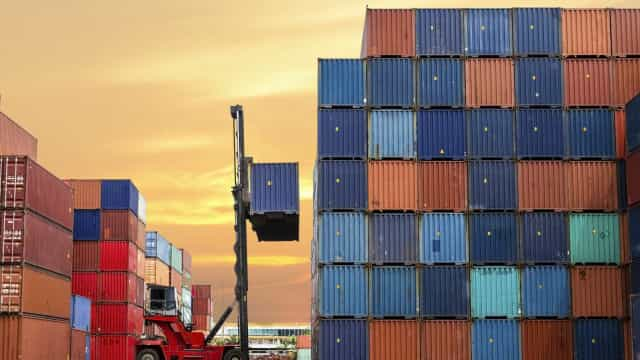 Movimento de contentores nos portos portugueses recua 4,3% até agosto