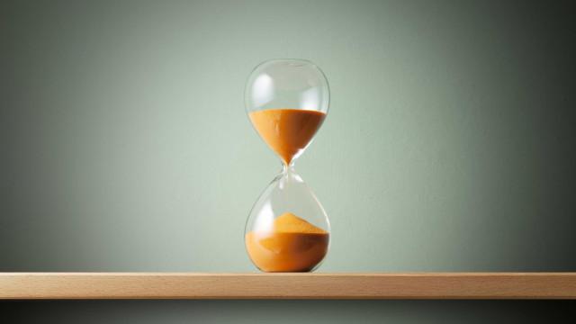Tempo é dinheiro... e felicidade, diz estudo