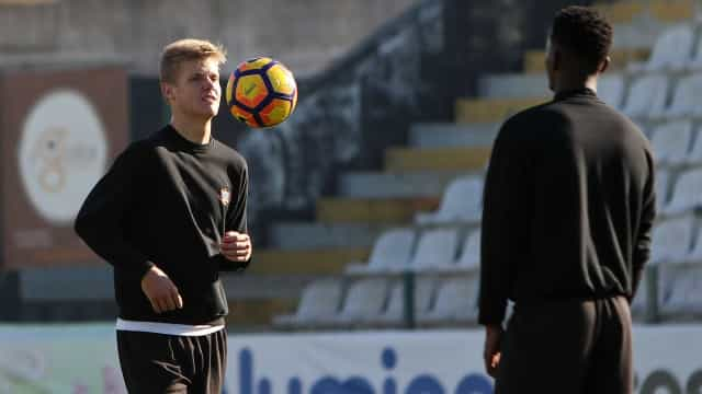 Benfica contrata Keaton Parks ao Varzim para alinhar na equipa B