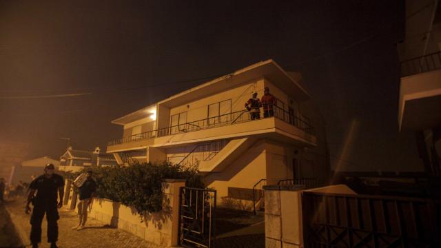 Moradores de Setúbal autorizados a regressar a casa ao final da noite