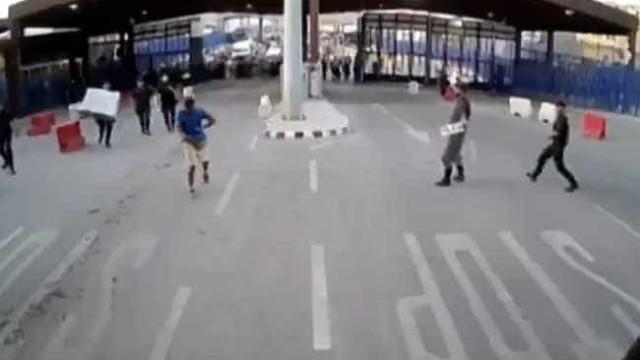 Prisão preventiva para homem que atacou polícia e gritou por Alá