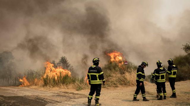 Incêndios: Três aldeias evacuadas durante a tarde em Nisa