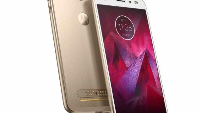 O novo topo de gama da Motorola tem um ecrã inquebrável