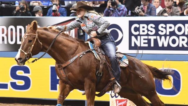 Conheça Jackie Ganter, a cowgirl de 19 anos que já é um sucesso