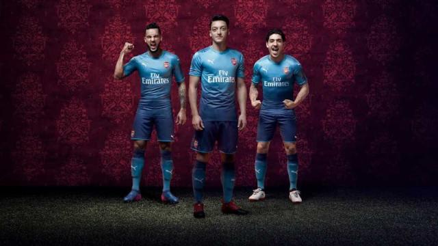 Arsenal apresenta camisola que irá estrear frente ao Benfica