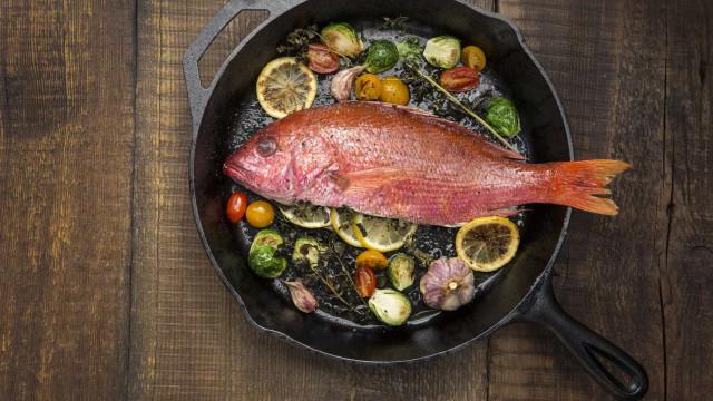 Os alimentos que jamais deve cozinhar em frigideiras ou panelas de ferro