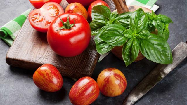 Cinco alimentos que o vão ajudar a emagrecer… e sem abdicar do sabor