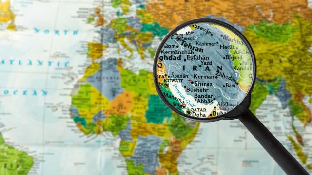 Número de mortos no sismo na fronteira entre Irão e Iraque sobe para 61
