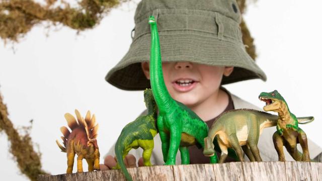 Mais dinossauros chegam à Lourinhã na próxima semana