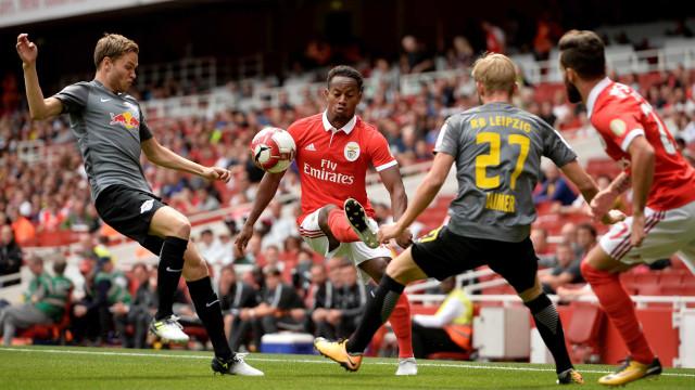 Benfica perde novamente e fecha Emirates Cup apenas com derrotas