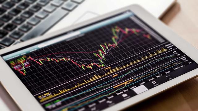 Bolsa de Xangai encerra com alta de 1,36%