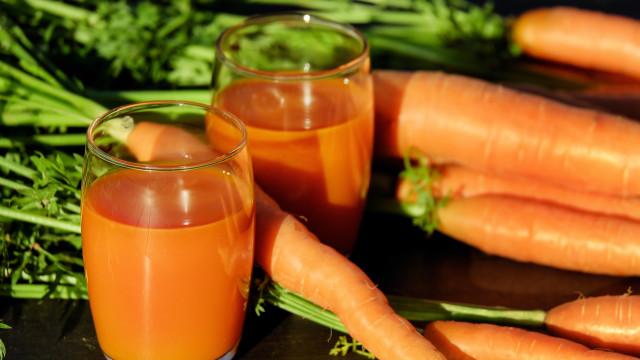 Os alimentos que ajudam no combate à retenção de líquidos