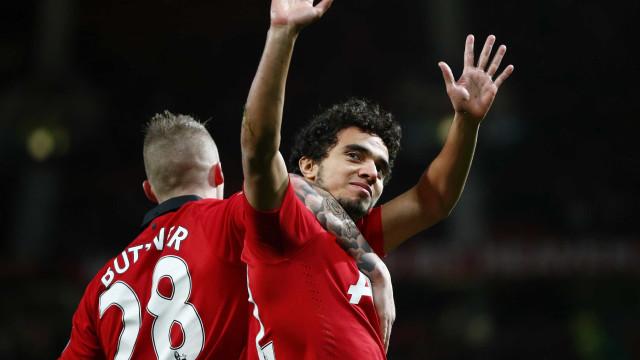 Sporting pensa em ex-Manchester United para reforçar defesa
