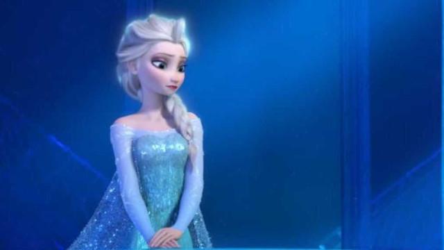 Poster de 'Frozen' escondia estufa de canábis em quarto de criança
