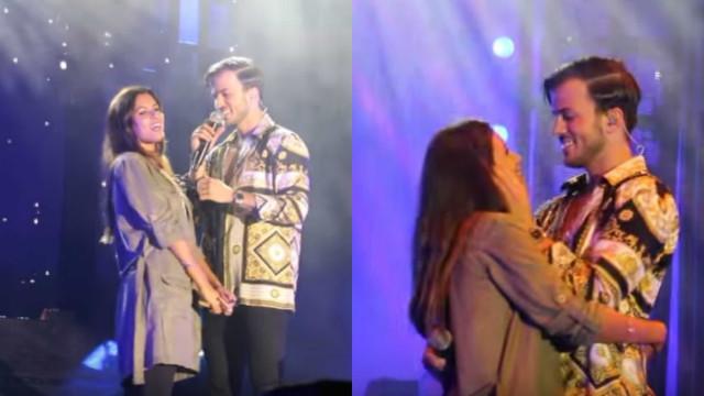 Apaixonados, David Carreira e Carolina Loureiro beijam-se em palco