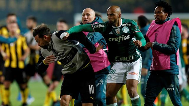 Felipe Melo chamou cobarde ao treinador e acabou despedido