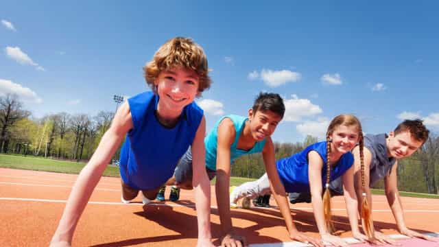 Praticar exercício físico na infância traz benefícios para toda a vida