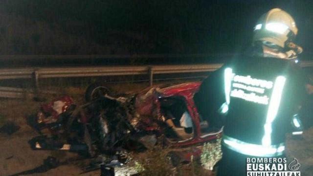 Carro em contramão causa acidente grave em Burgos. Uma vítima portuguesa