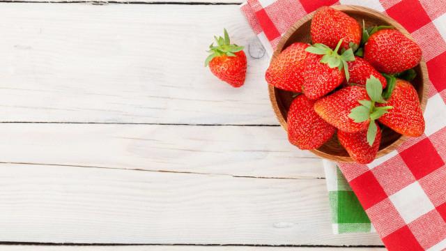 Como manter os morangos frescos por mais tempo
