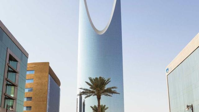 Arábia Saudita quer que gasolina passe a custar quase o dobro