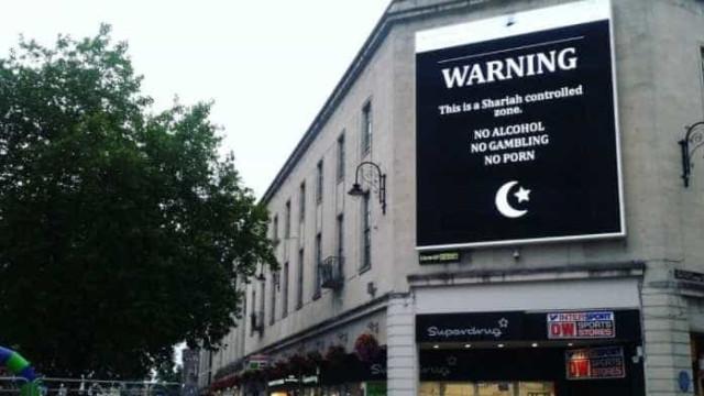 Hackers apropriam-se de ecrã gigante para gozar com o Islão