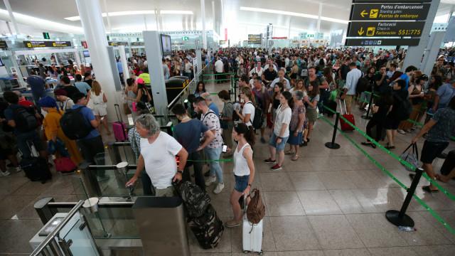 Negociações com seguranças do El Prat falharam. Greves mantêm-se