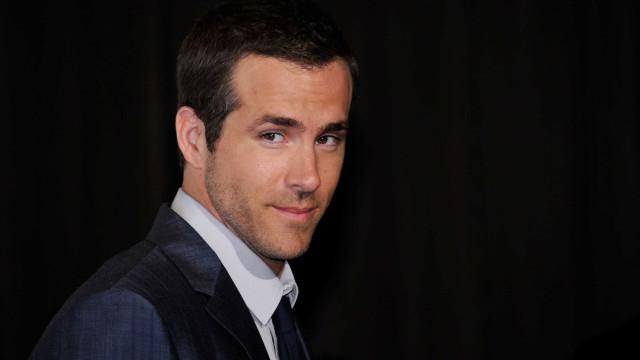 Já viu os abdominais de Ryan Reynolds? Olhe que vale a pena