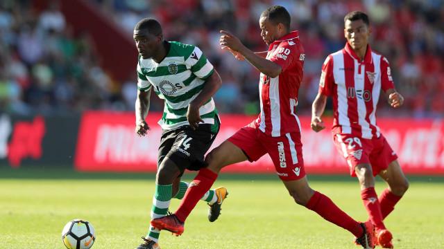 Sporting à boleia de Gelson Martins vence Desportivo das Aves