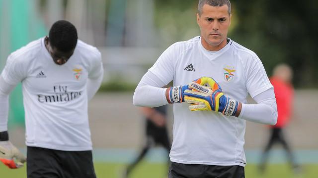Júlio César é opção para a estrutura do Benfica