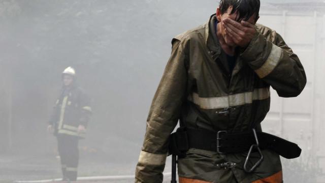 Número de mortos em desabamento de edifício na Rússia sobre para sete