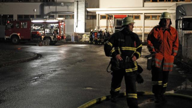 Dois mortos na Alemanha em fogo em edifício que recebia migrantes