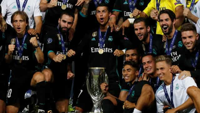 Real Madrid vence Manchester United e conquista Supertaça Europeia