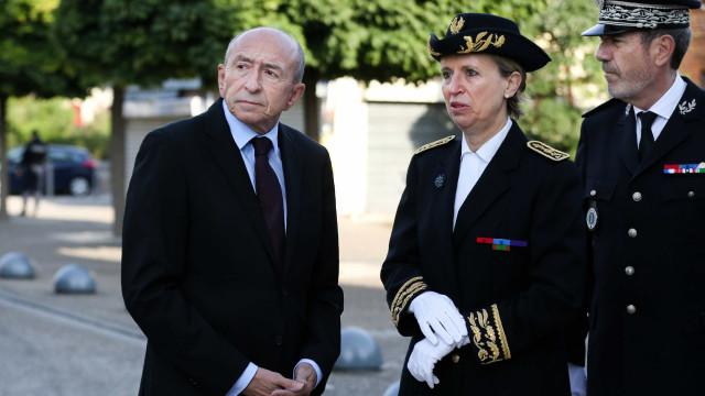 """Polícia francesa está à caça de um """"homem apenas"""""""