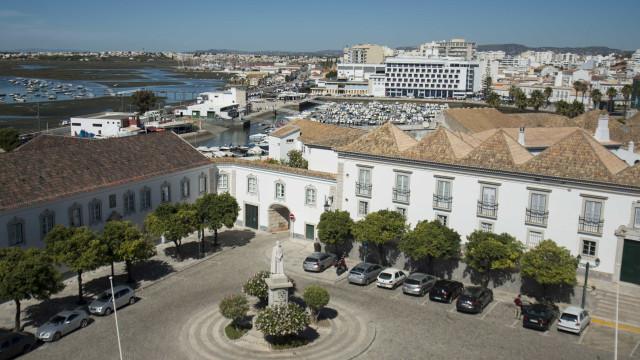 Faro quer implementar taxa turística de 1,5 euros entre março e outubro