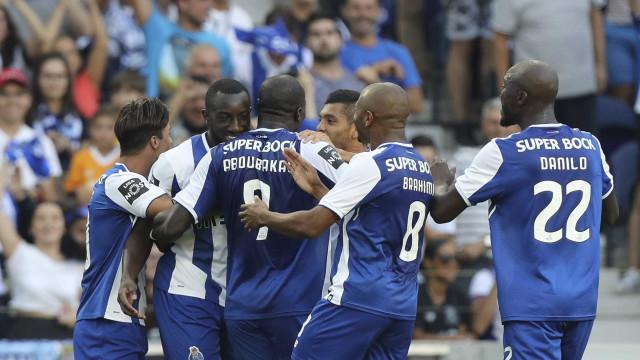 'Barrigada': Dragão de alto gabarito arrebata Estoril no arranque da Liga