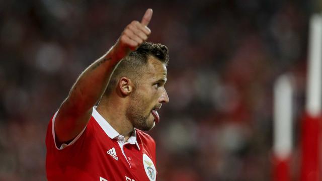 Seferovic, lesionado, cai dos convocados de Rui Vitória para o Moreirense