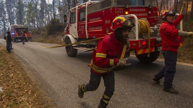 Mais de 40 concelhos de oito distritos em risco máximo de incêndio
