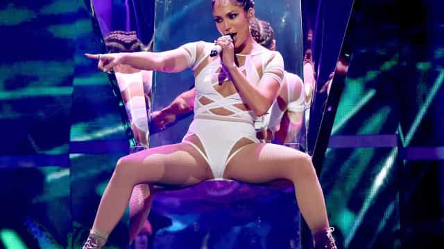 Os 'segredos' dos treinos de Jennifer Lopez aos 48 anos