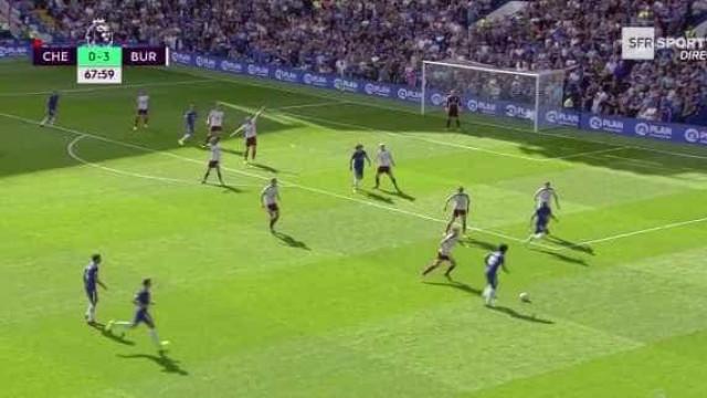 Morata já faz estragos em Stamford Bridge. E logo em grande estilo